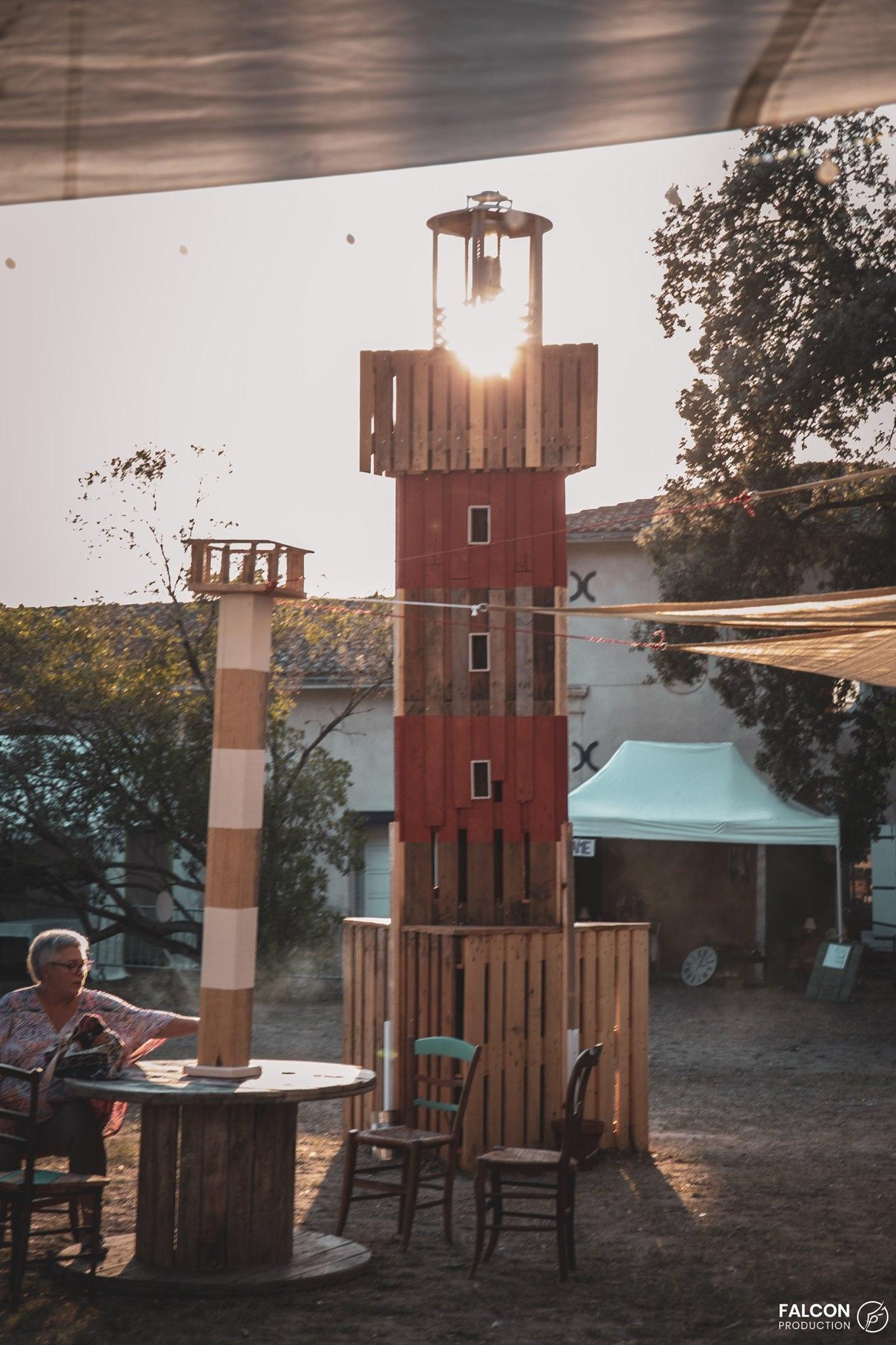 phare en bois